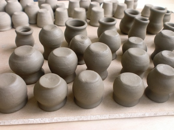 Drying clay articles