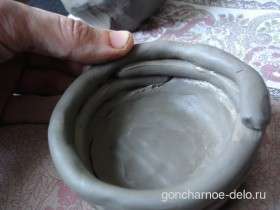 Лепка из глины жгутиками
