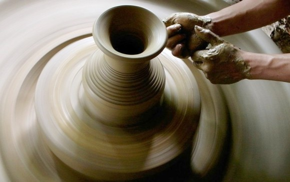 Art lessons: pottery