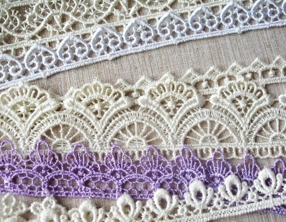 Lace for clay molding
