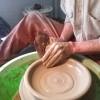 Лютфи за работой на гончарном круге