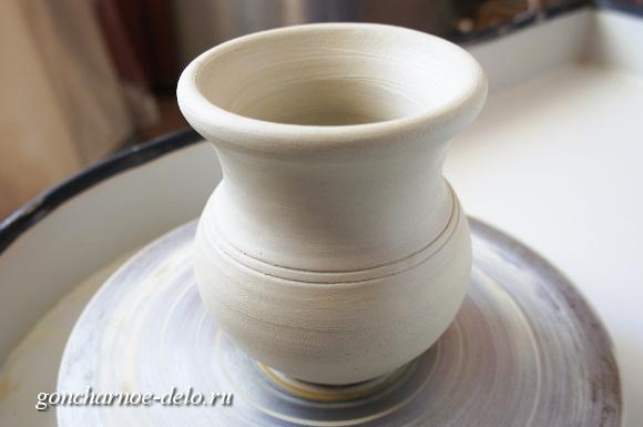 Изготовление крынки на гончарном круге